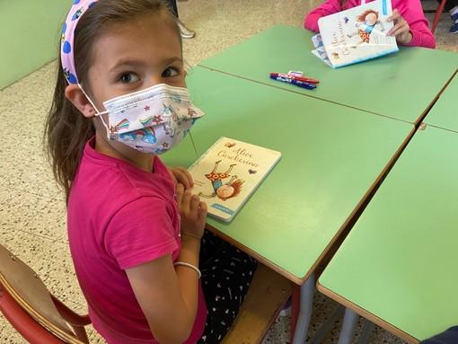 Nati per leggere, anche ai bambini del Beltrami di Omegna il libro di Gianni Rodari