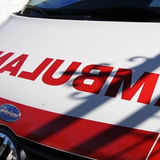 Cinquantenne investito tra le stazioni di Legnano e Canegrate, ritardi di due ore sulla Milano-Domo