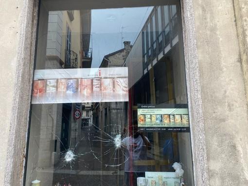 Vandalismi in centro, Fratelli d'Italia propone gazebo fino a tarda sera