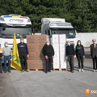 Oltre 1600 chili di cibo donati da Coldiretti alle parrocchie di Domo e Villa FOTO