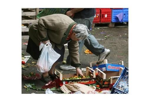 """Grido di allarme di Coldiretti: """"Con il Covid crescono i nuovi poveri, oltre 40 mila le famiglie in difficoltà"""""""