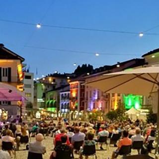 'E…state a Locarno' : ogni venerdì e sabato sera musica e spettacoli di artisti di strada