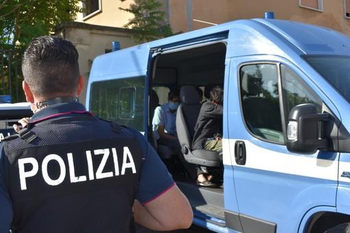 Aggressione in branco a Mirafiori contro due fidanzatini: cinque denunciati