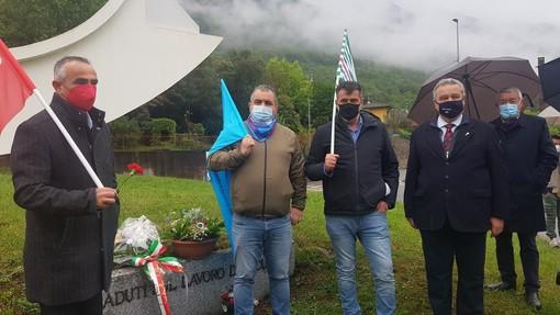 """Festa dei Lavoratori ad Omegna, i sindacati: """"Preoccupati dai licenziamenti e dal settore turistico"""" FOTO E VIDEO"""
