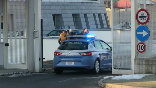 Sottraeva gasolio dal camion della ditta: arrestato dalla polizia