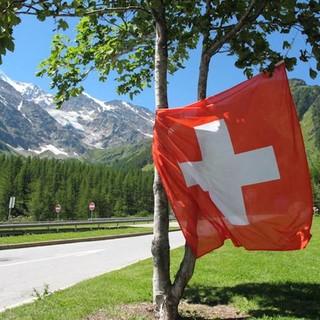 In Svizzera da lunedì riaprono ristoranti, bar, palestre e piscine. Allo stadio fino a 100 spettatori