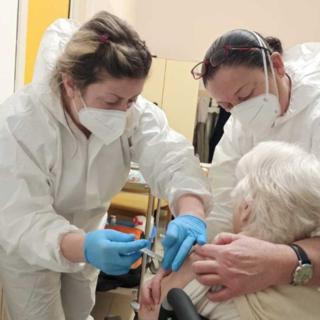 Covid, ieri in Piemonte vaccinate quasi 28mila persone
